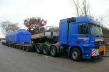 MB 4160 Actros MP 2 Titan mit 96 t Maschinenteil Transport, Januar 2009.